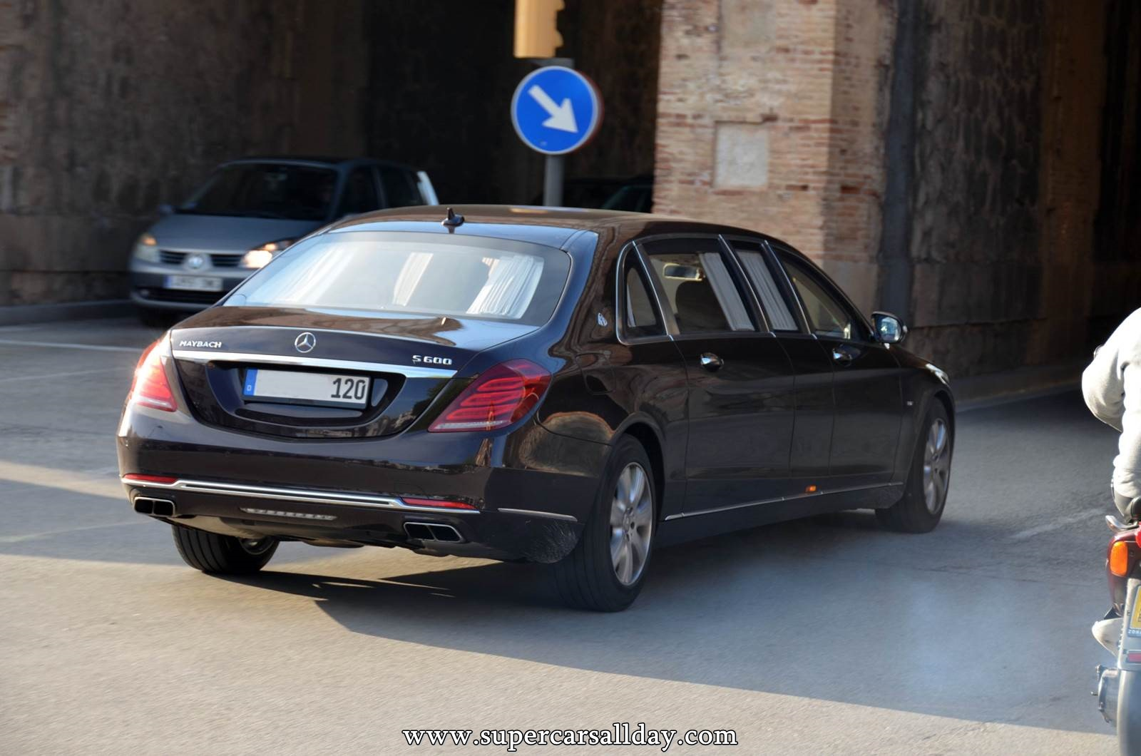 mercedes maybach s600 pullman supercars all day exotic cars photo car collection. Black Bedroom Furniture Sets. Home Design Ideas