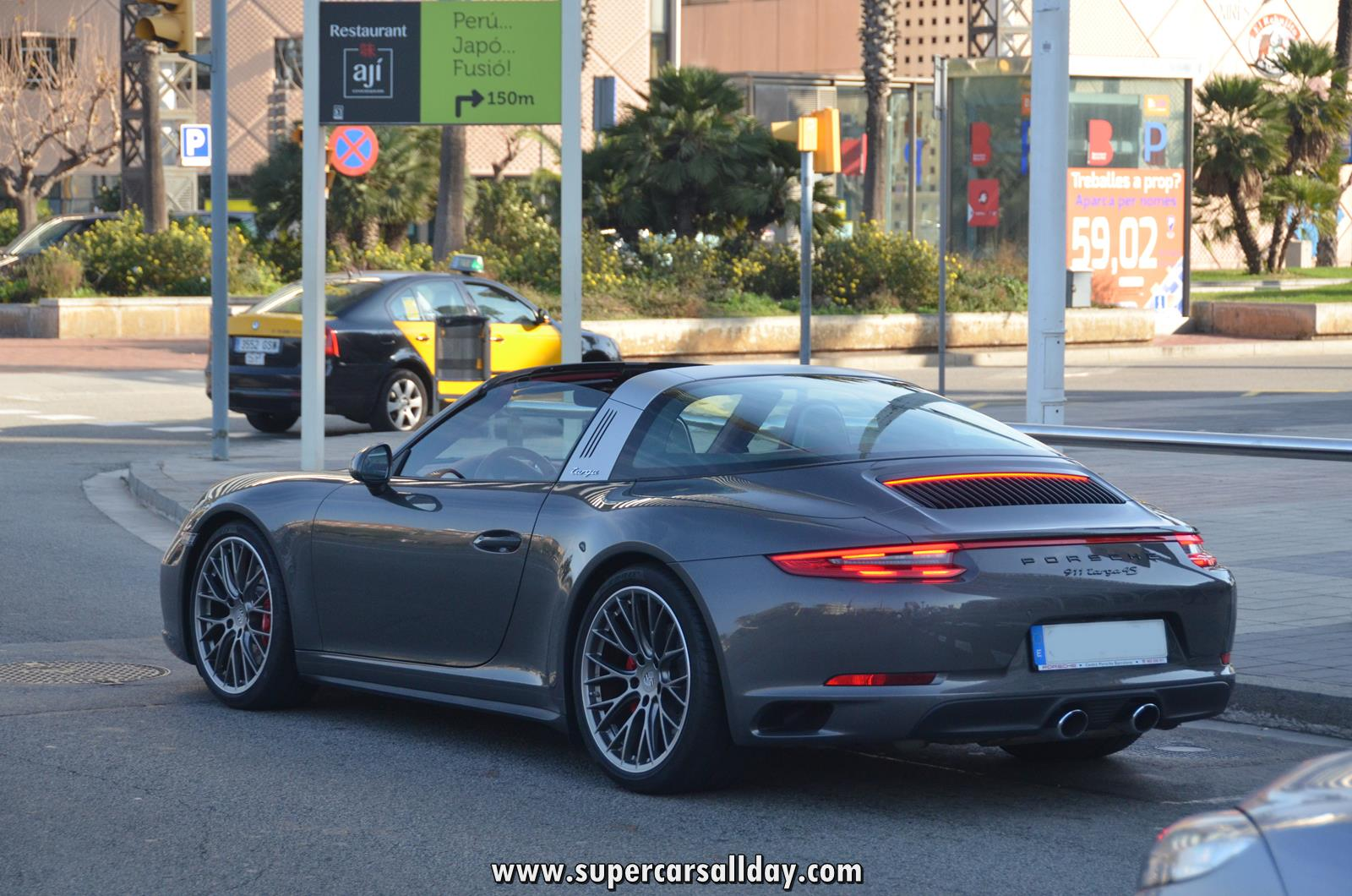 porsche 918 tail lights with 2016 Porsche 911 Targa 4s on Chevy Volt Engine Set besides Porsche 718 Cayman Porsche 718 Boxster India as well Ferrari Value Guide as well Single product together with T50156.