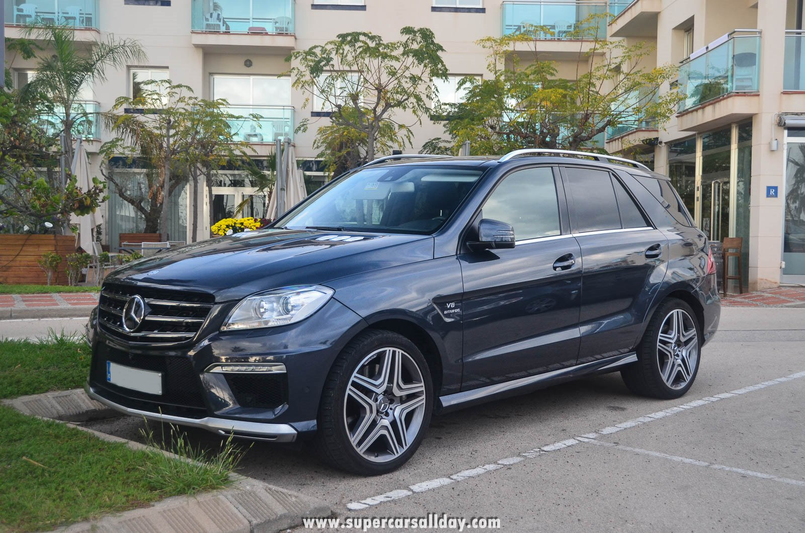 mercedes benz ml 63 amg w166 supercars all day exotic. Black Bedroom Furniture Sets. Home Design Ideas