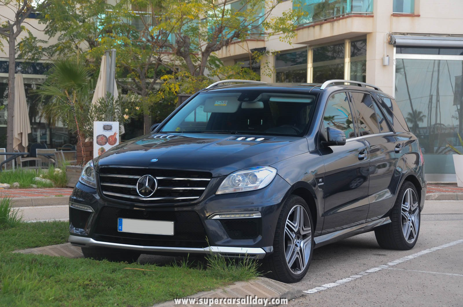 Mercedes benz ml 63 amg w166 supercars all day exotic for Mercedes benz ml 63