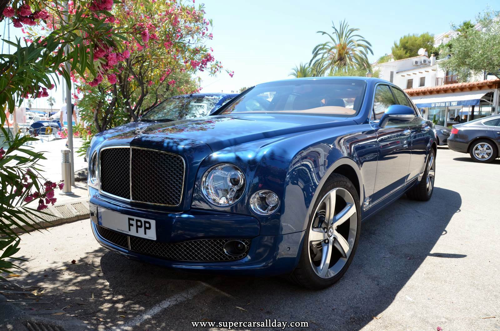 100 Bentley Mulsanne Blue 2016 Bentley Mulsanne