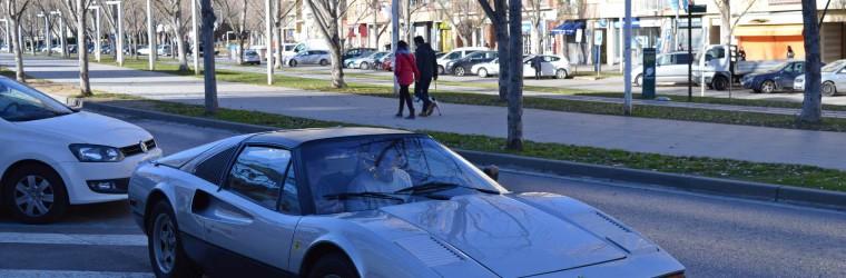 Supercars Ferrari 308 GTS - Front View